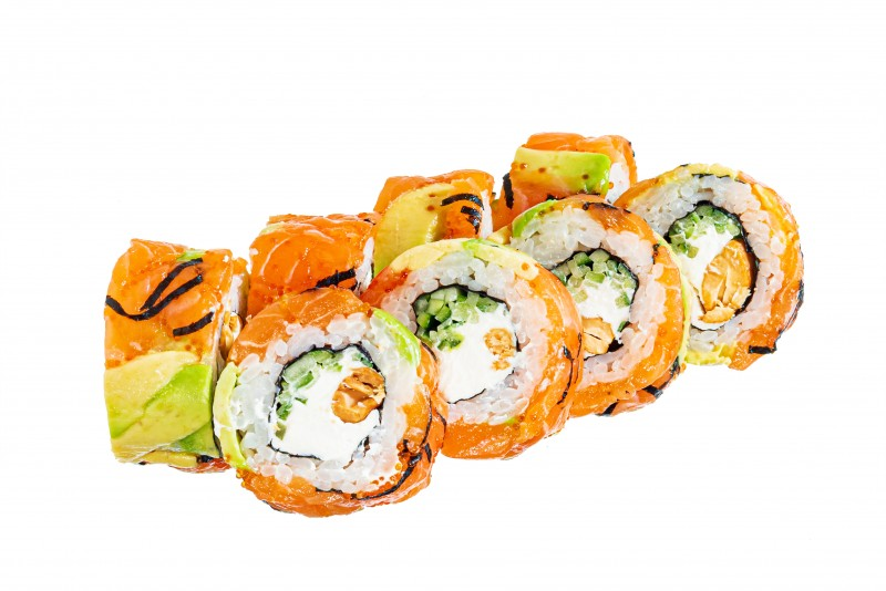 Salmon  roll with  cashew nuts