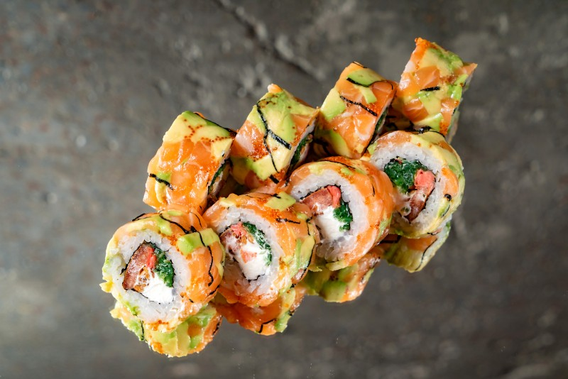 Roll with smoked salmon and sunflower seed