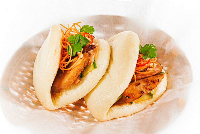 Bao with chicken