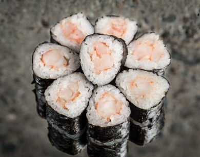 Mini roll with shrimp