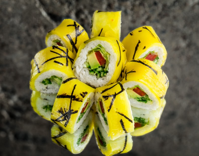 Rice paper roll with vegetables